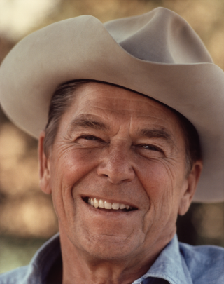 Ronald_Reagan_with_cowboy_hat_12-0071M_edit